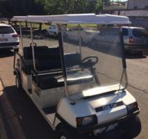 Carrinho de golfe usado
